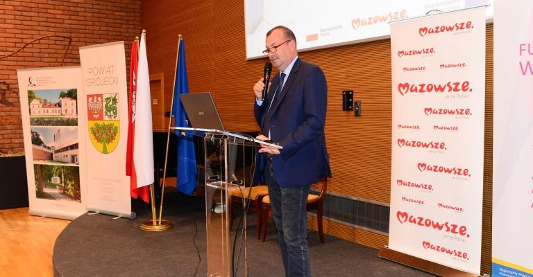"""Konferencja """"Efekty UE w wielu odsłonach"""""""